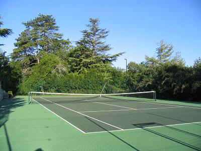 Floodlit tennis courts at each chateau
